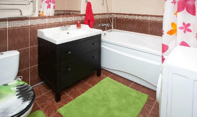 Ванная в хостеле Европа, стиральная машина