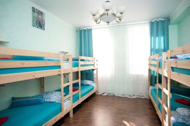 Восьмиместный номер в хостеле Европа, Москва