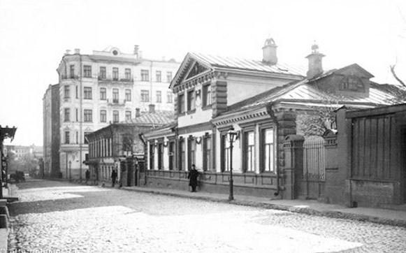 Фотография достопримечательности. Дом-музей А. И. Герцена в Санкт-Петербурге