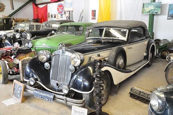 Фотография достопримечательности. Ломаковский музей старинных автомобилей и мотоциклов в Санкт-Петербурге
