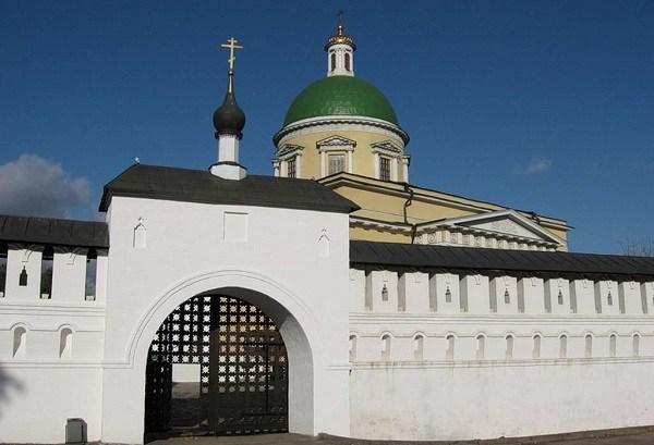 Фотография достопримечательности. Данилов монастырь в Санкт-Петербурге