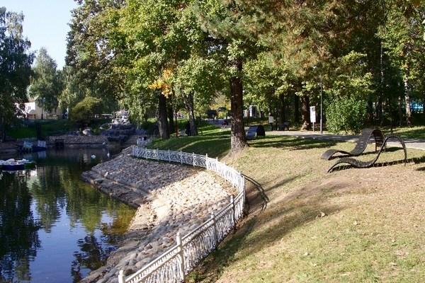 Фотография достопримечательности. Лианозовский парк в Санкт-Петербурге