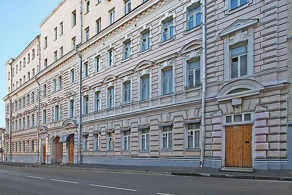 Хостел Nova Hostel в Девяткином переулке в Москве, главный вход