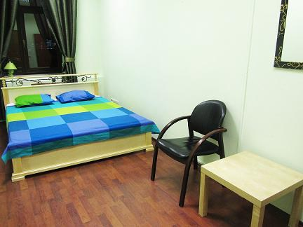 Хостел Orange Hostel на Новой Басманной в Москве, двухместная комната