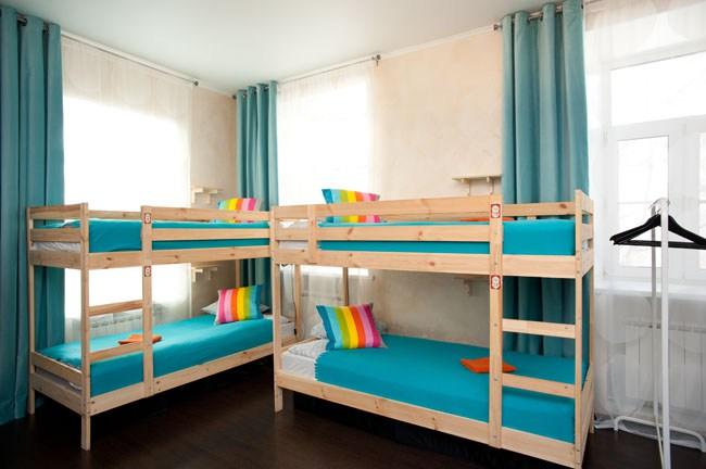 Двенадцатиместный номер в хостеле Европа