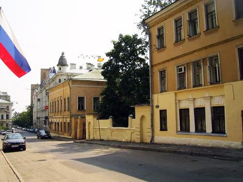 Хостел Транссибирь в Барашевском переулке в Москве, главный вход